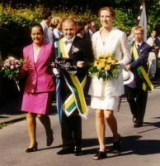 2001 010