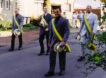 2001 015